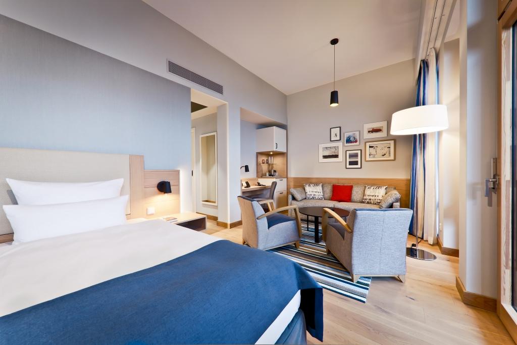 superior zimmer upstalsboom wellness resort s dstrand in. Black Bedroom Furniture Sets. Home Design Ideas